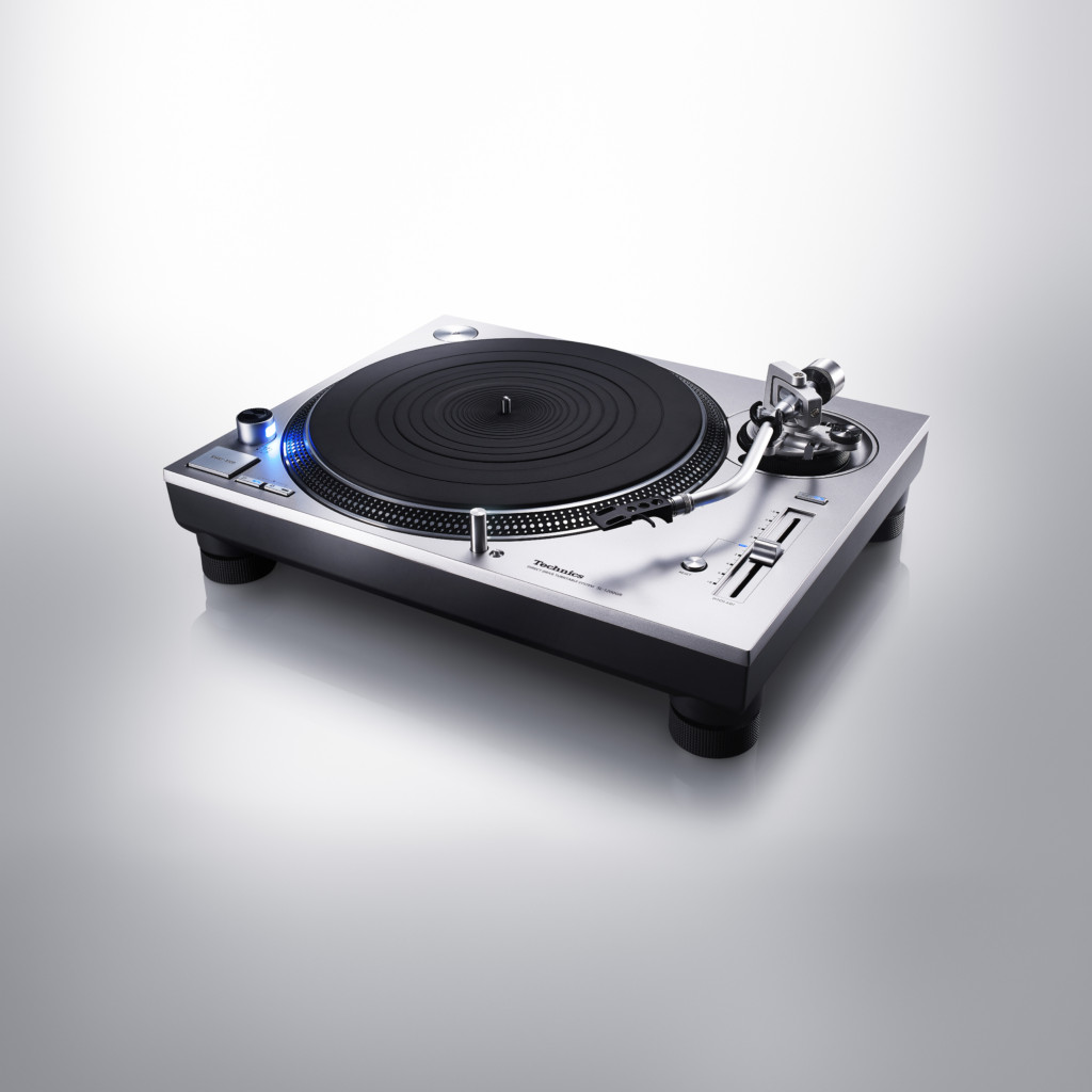 direct_drive_turntable_system_sl_1200gr_4